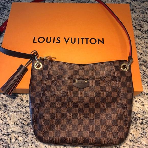 4129860d3381 Louis Vuitton Handbags - Louis Vuitton South Bank Besace